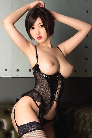 Horny Busty Girls Porn Pictures