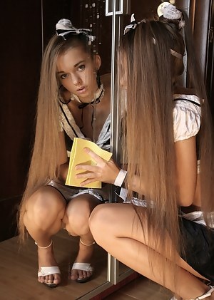 Horny Girls Maid Porn Pictures