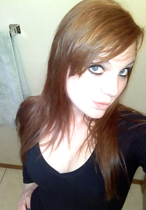Horny Selfshot Girls Porn Pictures