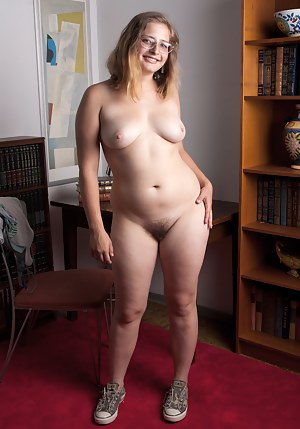 Horny Girls Glasses Porn Pictures