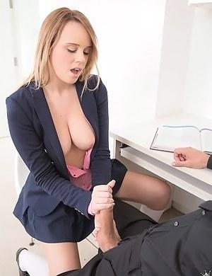 Horny Schoolgirl Porn Pictures